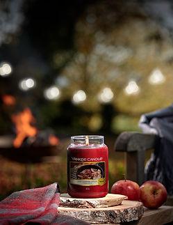 1629368E Yankee Candle Campfire Nights-C