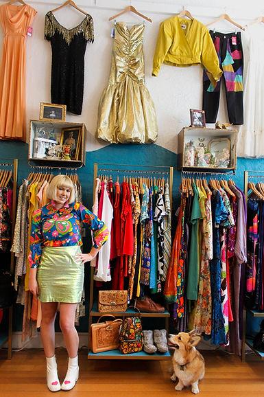 leah brimblecombe, vintage shop owner, vintage shopping melbourne, trumpet the corgi, how to start a vintage shop, starting a vintage shop