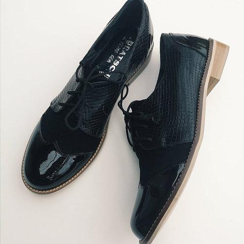 Oxford classic Black