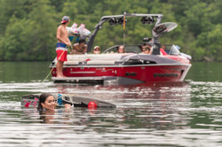 2016-23LSV_lifestyle-wakeboard2
