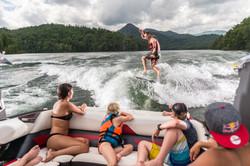 2016-23LSV_lifestyle-wakesurf
