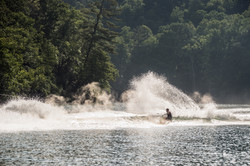 2016-24MXZ_wakeboard-rider