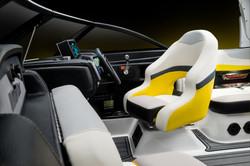 2016-24MXZ_studio_driver-seat