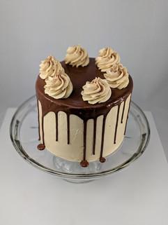 Chocolate Fudge Cake | Creamy Peanut Butter Buttercream | Chocolate Ganahce