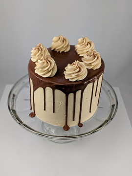 Chocolate Fudge Cake | Creamy Peanut Butter Buttercream | Chocolate Ganahce