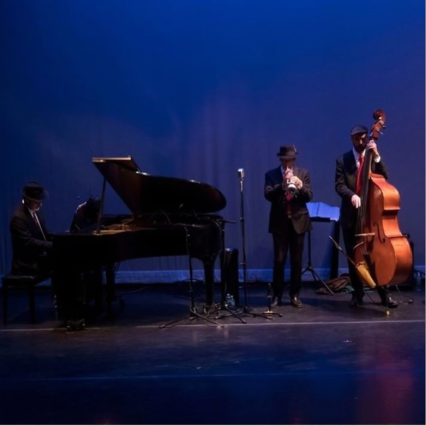 Return to Previous JAZZFEST: SWING GUITARS & SHANE CHALKE'S BE JAZZ & TODD WRIGHT