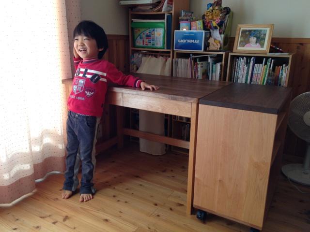 学習机とワゴン