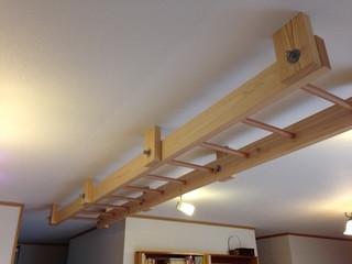吊り木使用のうんてい