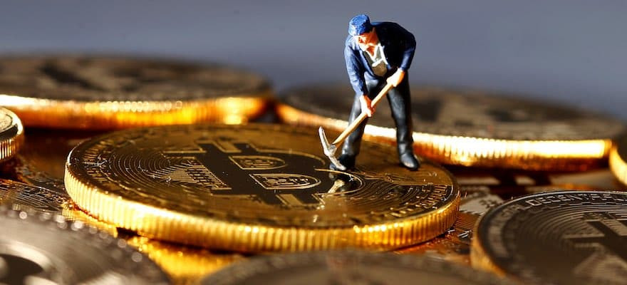 will china deploy bitcoin as a financial weapon asks matthew feargrieve