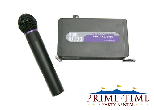 Wireless Microphone System with Handheld Mic