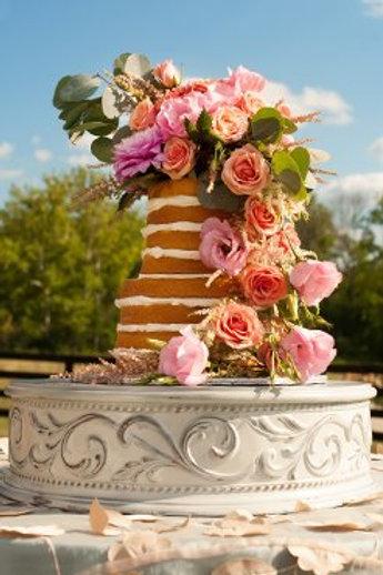 Vintage Motif White Cake Stand