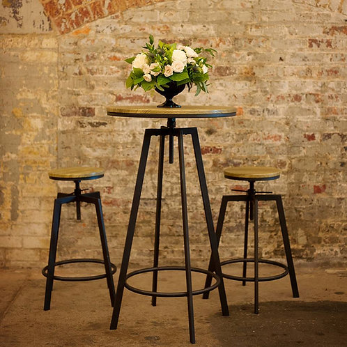 Rustic Farmhouse Bistro Table & Stools