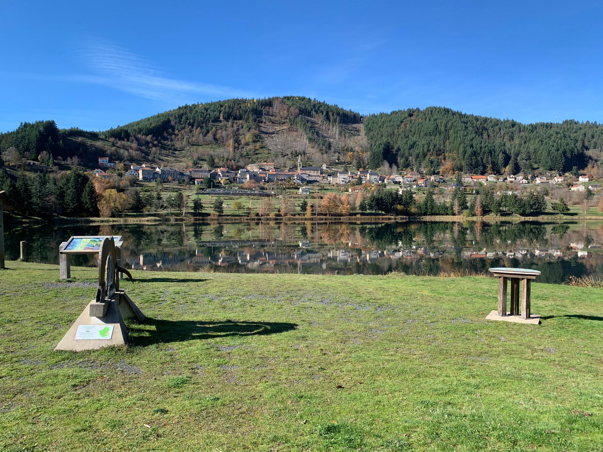St Martial et son lac