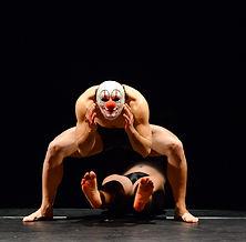 NoGravity, Pellisari, Baroque Theatre, Illusion Dance, Aerial dance, Physical Theatre, Comix