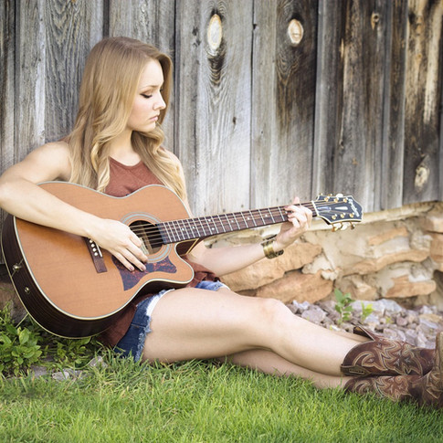 Singing/Guitar