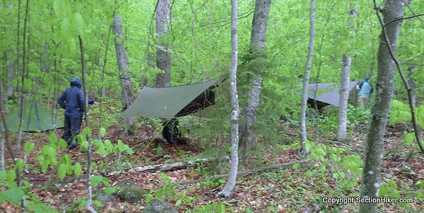 Camping-near-other-people-can-alleviate-
