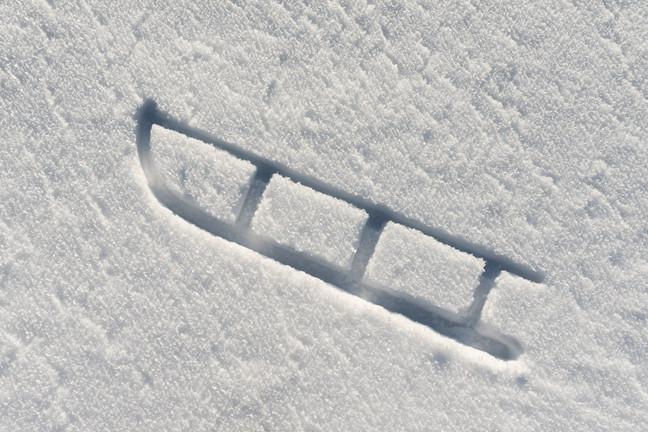 Mein Davoser Schlitten im Schnee - ein Abdruck