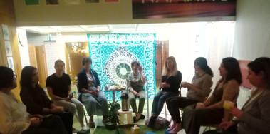Sessão de Meditação no Estúdio