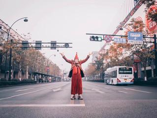 Clowning around in Hangzhou