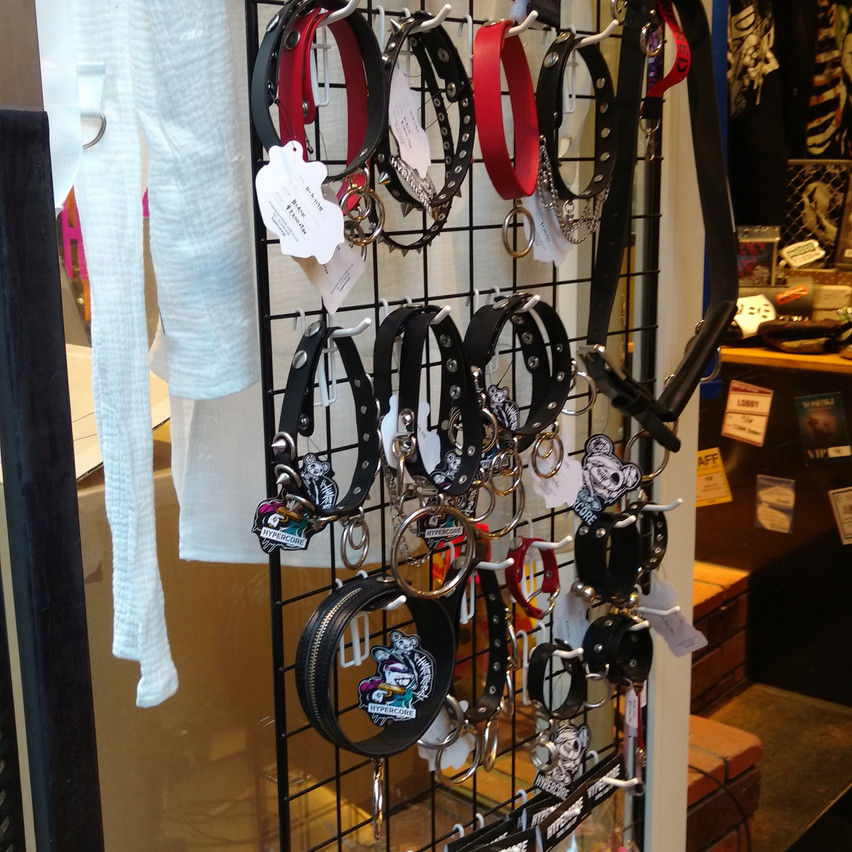 Lots of accessories like chokers