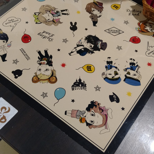 This table design is really cute because it puts all the characters together.