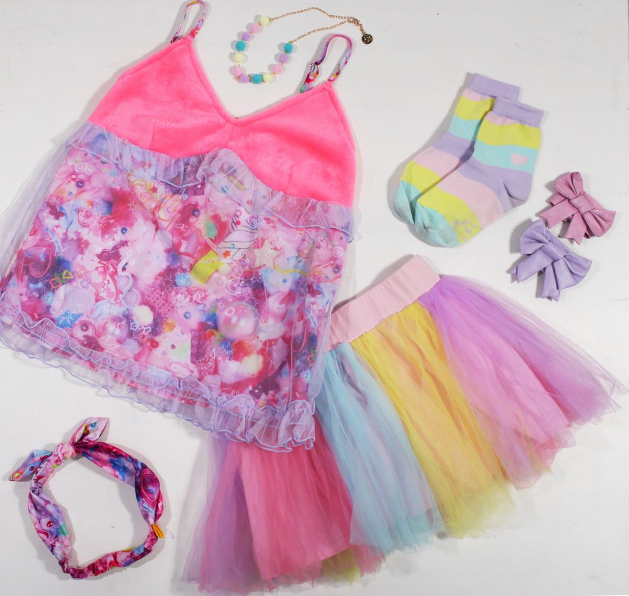 Top: Babydoll Camisole Skirt: Pompoji's Cotton Candy Skirt Headband: Ribbon Hairband Socks: Candy Stripe Socks Bracelet: Charming Bow Bracelets Necklace: Bubblegum Ball Necklace  6DOKIDOKI x GHOST GiRL GOODS