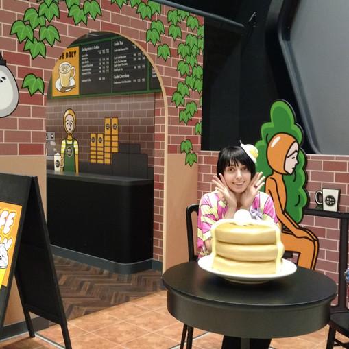 Cafe gudetama and gudetama pancakes!