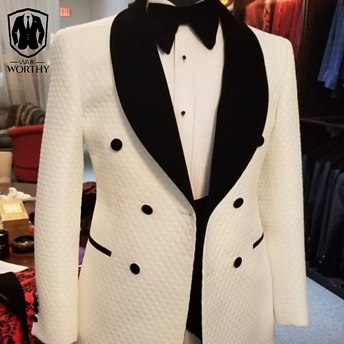007 White Tux with Shawl Lapel
