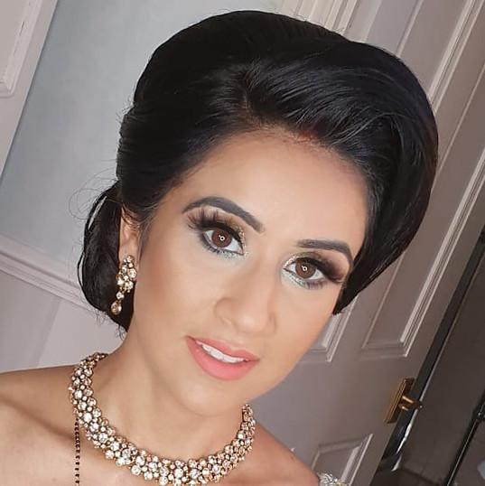 Reception Bride Aarti_HMUA _reenaparmarp