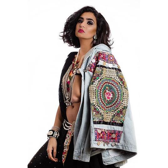 Asian Fusion Fashion By Reena Parmar ProArtist