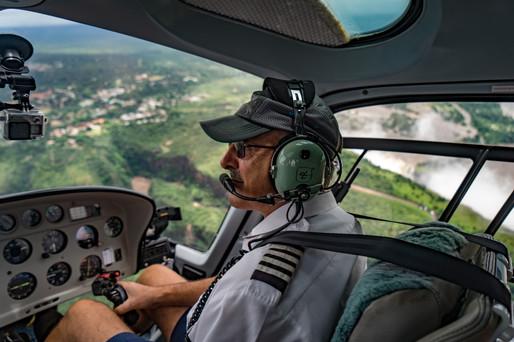 Vic Falls Helicopter Livingstone 10.jpg