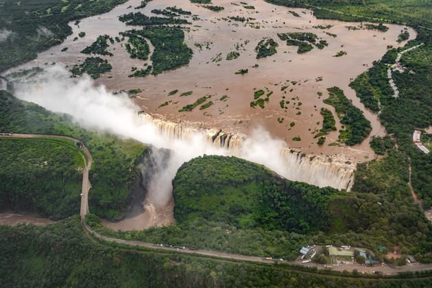 Vic Falls Helicopter Livingstone 5.jpg