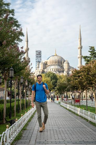 Travis Blue Mosque Istanbul (1 of 5).jpg