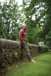 Travis Leaning Stone Wall Edinburgh (1 o