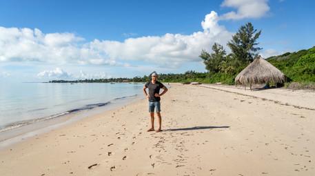 Travis Vilankulos Beach Mozambique (1 of 1).jpg