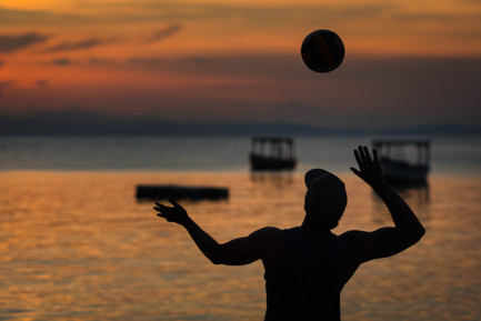 Travis Bluemling - Malawi - Lake Malawi Volleyball-2035.jpg