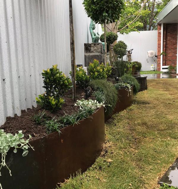 corten garden edging.jpg