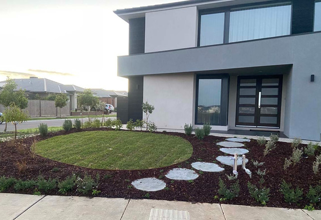 new build home frontyard.jpg