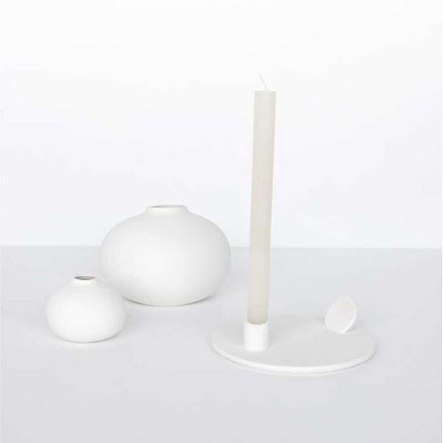 Kerzenständer aus Porzellan