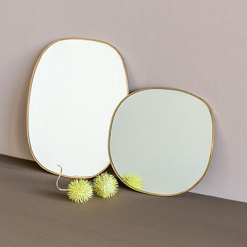 zwei Wandspiegel Daily Pretty nebeneinander