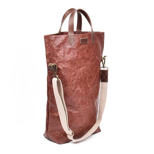 braune Tasche, ganze Höhe, Vorderansicht