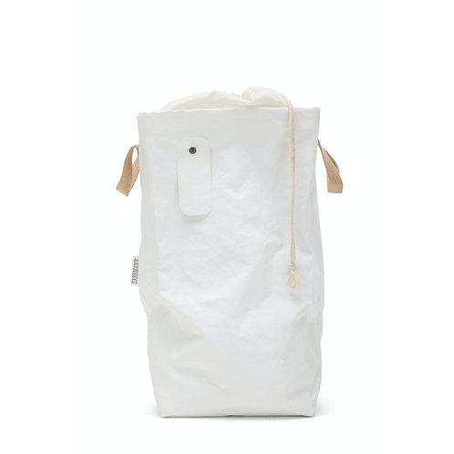 weisser Wäschesack, Vorderansicht