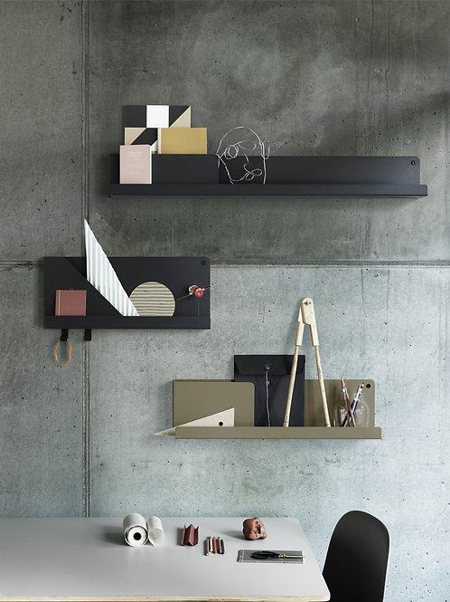 drei Größen und Farben Folded Shelves von Muuto