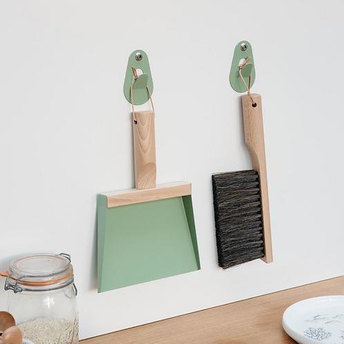 Mr & Mrs Clynk Kehrschaufel, Handbürste und 2 Wandhaken Geschenkbox