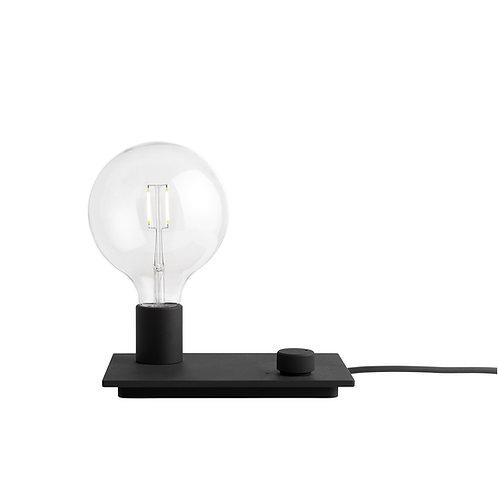schwarze Muuto Control Lamp, Vorderansicht