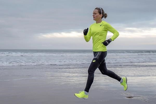 Distance runner and Asics ambassador Mara Yamauchi (Mark Clinton Johnson) © Copyright