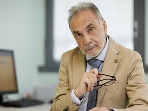 """Giuseppe Remuzzi: """"Astrazeneca è arcisicuro. Ad eccezione, forse, delle donne fra i 20 e i 50 anni"""""""