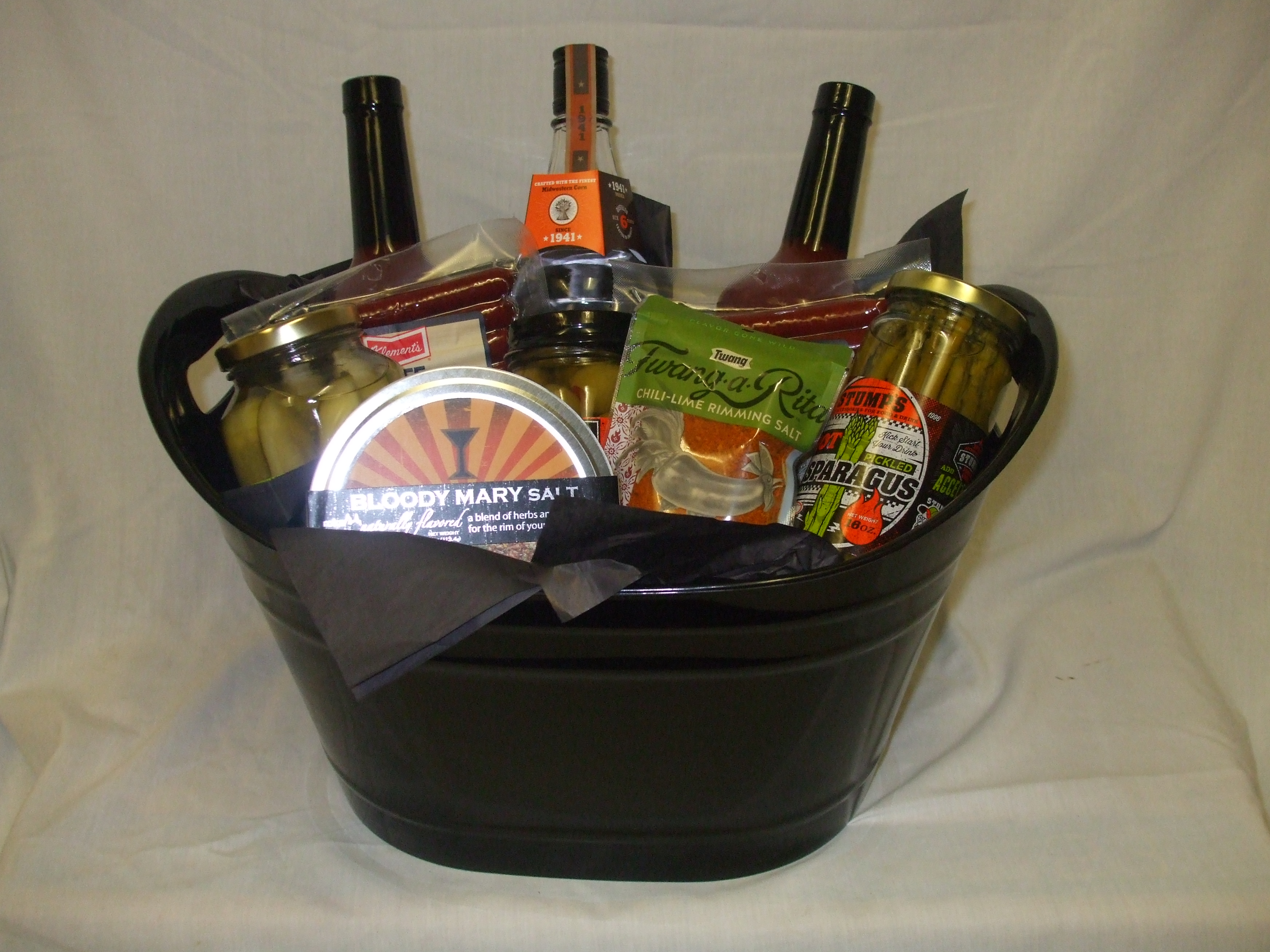 20 Bloody Mary Basket