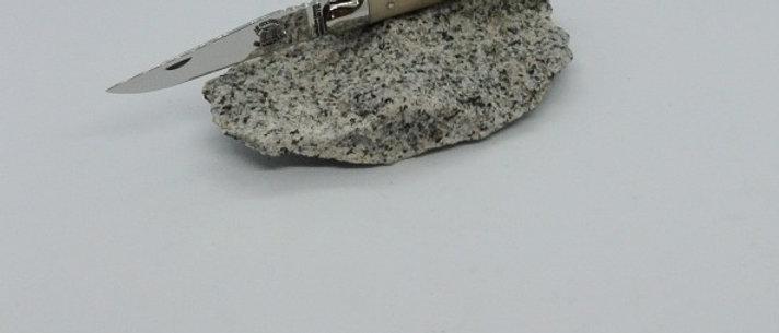 Couteau 11cm - inox et pointe de corne