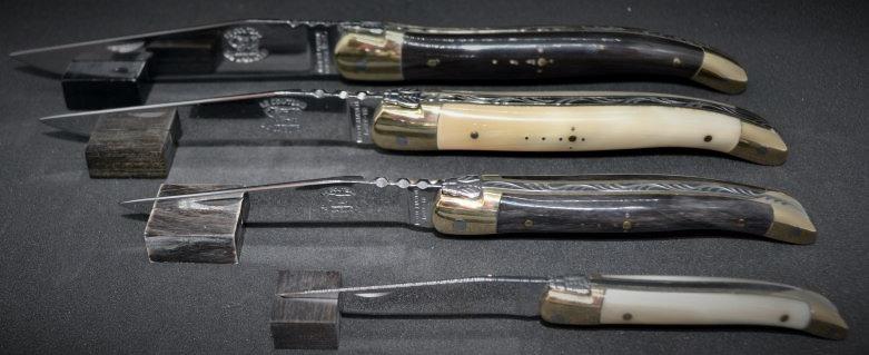 Couteau 1 pièce - pointe de corne - laiton